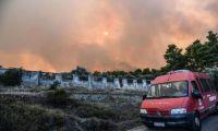 Σε ύφεση η πυρκαγιά στην Εύβοια